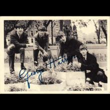 1963 THE BEATLES PHOTO - CHROMO - UK - A. & B. C.CHEWING GUM LTD No 001 - 007 IN A SERIES OF 60 PHOTOS - TRADING CARDS - pic 1