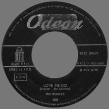 HOLLAND 012 - 1963 02 00 - LOVE ME DO ⁄ PLEASE, PLEASE ME - ODEON - 45-O 29469 - pic 1