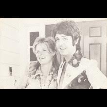 1972 PAUL McCARTNEY - POSTCARD UK - MPL 1972 - 14,5X9,5 - WE'RE OVER THE MOON 14,7X10,3 - pic 1