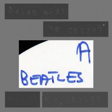 THE BEATLES DISCOGRAPHY FRANCE 1972 00 00 - 4 GARÇONS DANS LE VENT - 2C 066-04145 - TEST PRESSING A-SIDE - pic 1