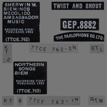 THE BEATLES DISCOGRAPHY UK - 1963 07 12 - TWIST AND SHOUT - GEP 8882 - A 2 - PARLOPHONE - pic 1