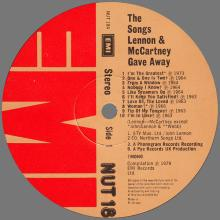 THE BEATLES DISCOGRAPHY UK 1979 04 18 THE SONGS LENNON AND MCCARTNEY GAVE AWAY - NUT 18 - pic 1