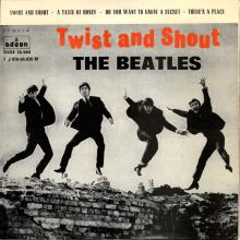 SP039,4 TWIST AND SHOUT / A TASTE OF HONEY / DO YOU WANT TO KNOW A SECRET / THERE'S A PLACE - 1 J 016-04.656 M - pic 1