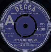 """1966uk The Tudor Minstrels - Love In The Open Air / A Theme From """"The Family Way"""" -promo- F. 12536  - pic 1"""